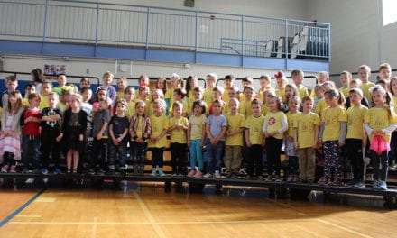 Kindergartners Sing at Assembly (Video)