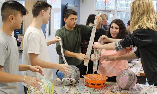 Spanish Classes Make Pinatas (Photos)