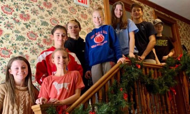 Students Volunteer at Ronald McDonald House